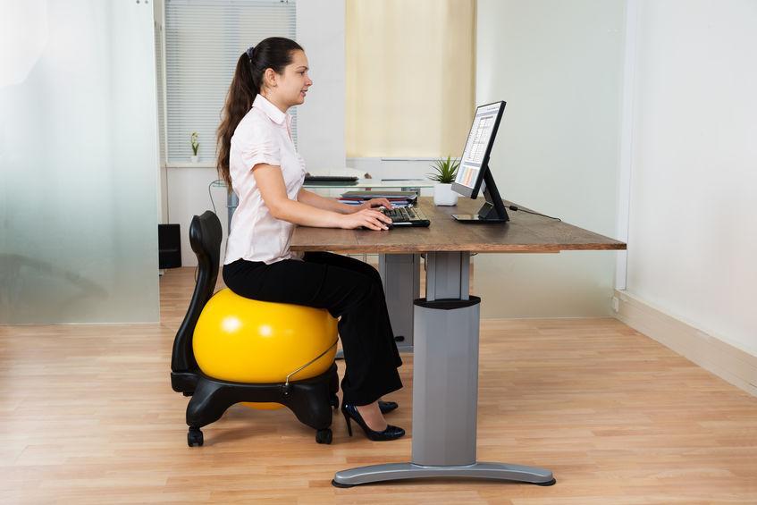 Renforcement musculaire : un atout pour améliorer sa posture au bureau