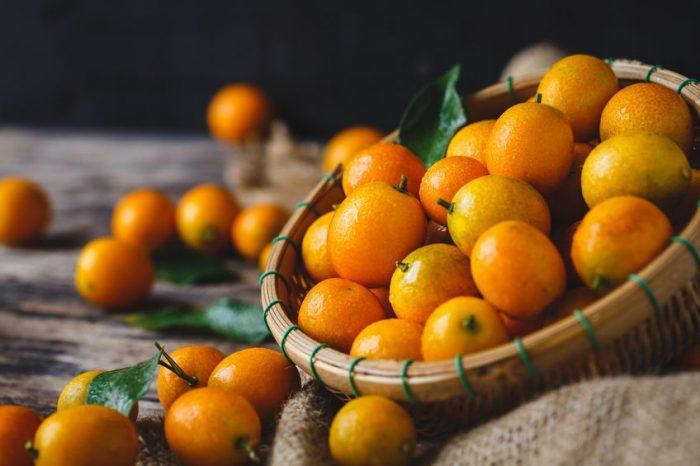 Le kumquat : pourquoi ce fruit fait-il fureur au bureau ?