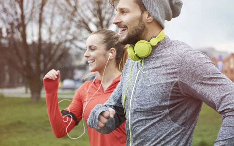 Faire du sport à jeun et booster sa journée de travail