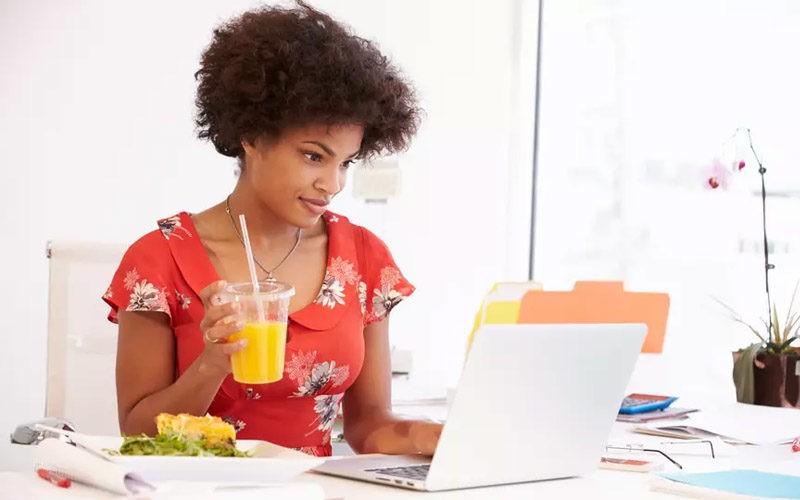 Nutrition : 7 erreurs que la plupart d'entre vous commentent, et qui ruinent votre journée de travail