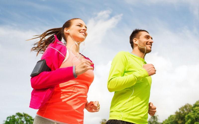Faire du sport le matin avant d'aller au travail : bonne ou mauvaise idée ?