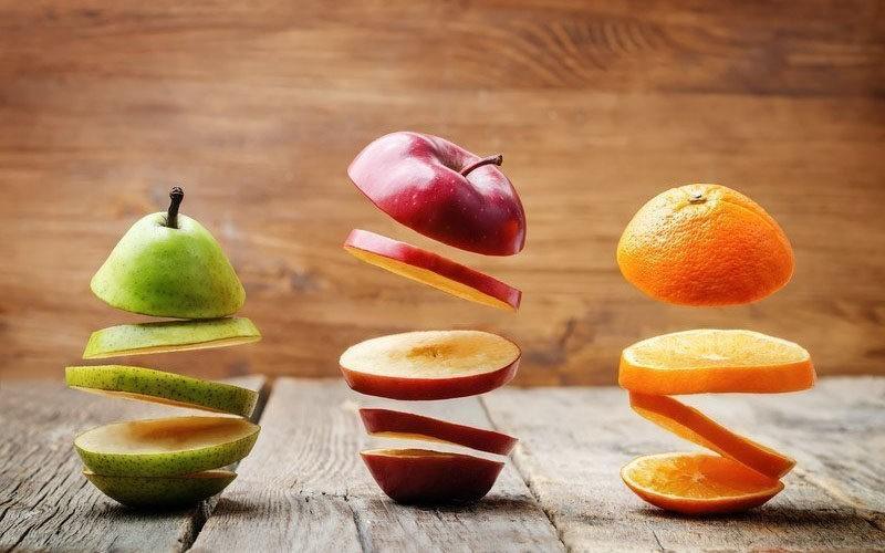 Pourquoi les fruits à pépins ou à noyau améliorent autant vos performances au travail ?